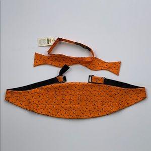 Bird Dog Bay Open Season Bowtie Cummerbund Bow Tie